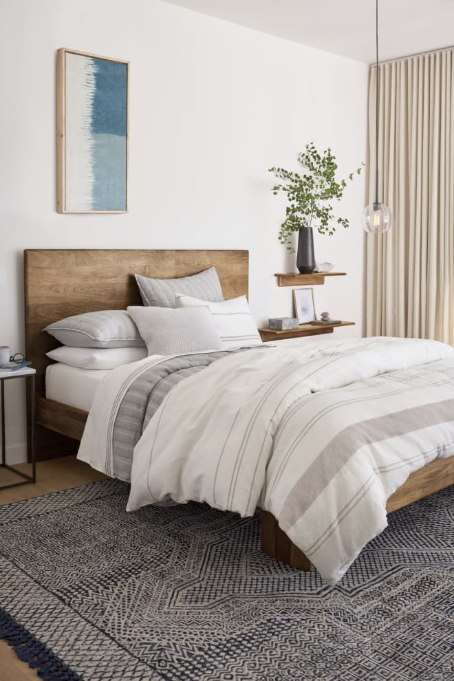 West Elm Just Launched Eco-Friendly Hemp Bedding (And There's a 25% Off Sale!)