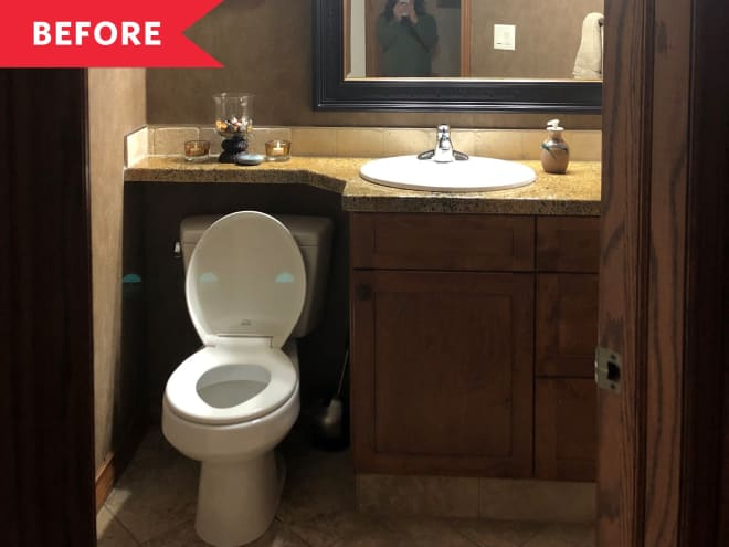 Before and After: A Bland Bathroom Got a Wheelchair-Friendly Reno