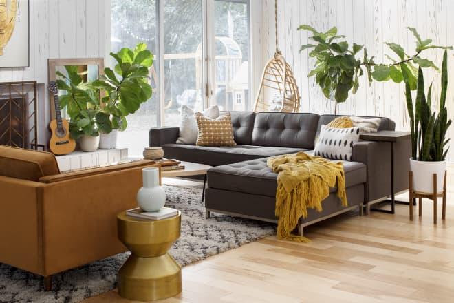 The Real Difference Between a Living Room and a Family Room, According to Design Experts