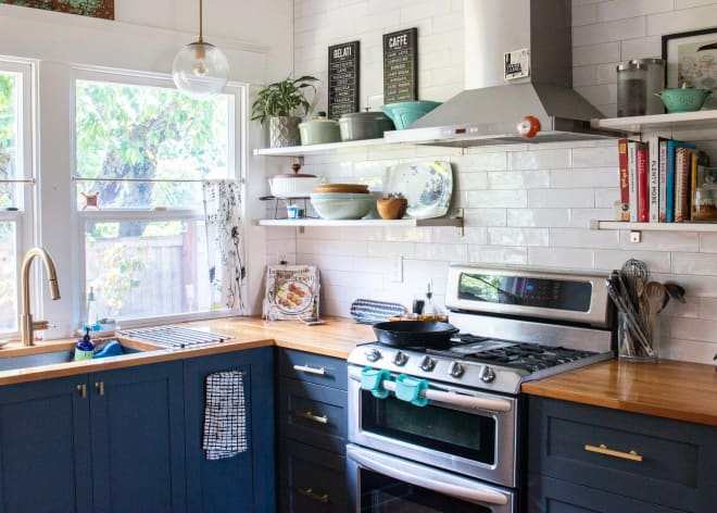6 Things Every Renter Should Have Under Their Kitchen Sink