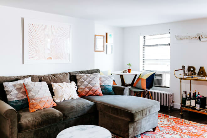 A 550-Square-Foot NYC Rental Is Organized, Colorful and Decorated for Under $4K