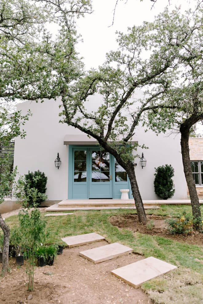 Check in to Wille Nelson's Austin Hangout Turned Tiny House Hotel