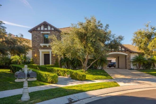 Peek Inside Katie Holmes' $4.6 Million Calabasas Home