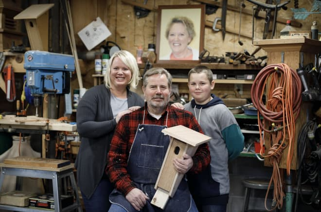 This Man Has Built Over 3,000 Birdhouses to Honor His Late Wife