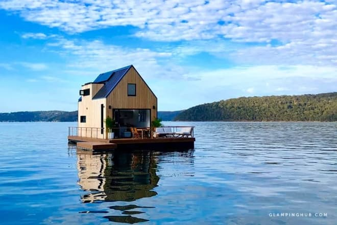 This Australian Floating Villa Is a Dreamy Luxe Escape