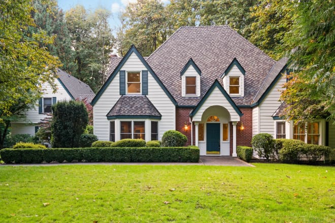 Look Inside: Traditional Oregon Home With Major Curb Appeal for $1.2M