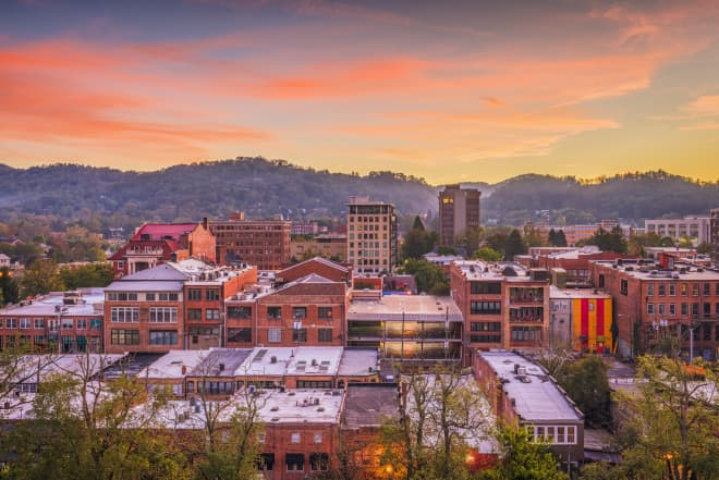 14 Towns Near Asheville, North Carolina, That Are Just as Cool