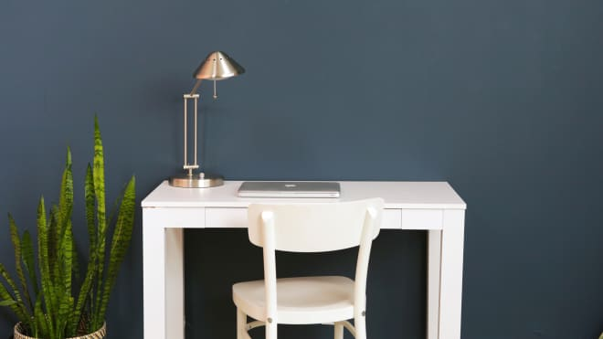 Before and After: A Plain, Boring Desk Transforms Into a Creative Space—For Just $32
