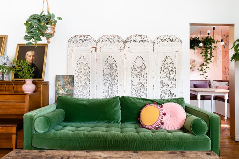 How To Decorate The Space Above Your Sofa Apartment Therapy