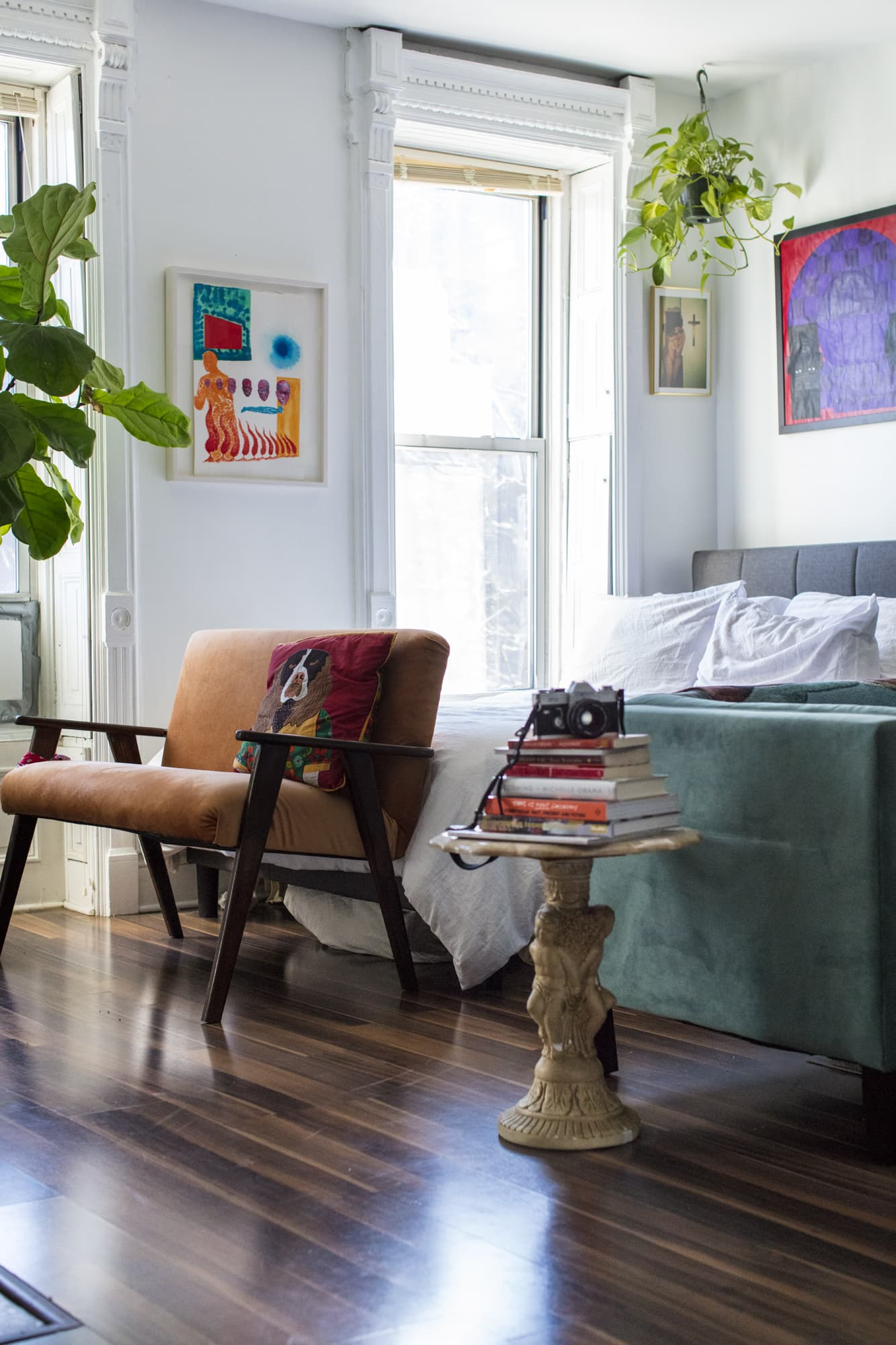 A Mini Brooklyn Studio Is Packed with Bold Art: gallery image 14