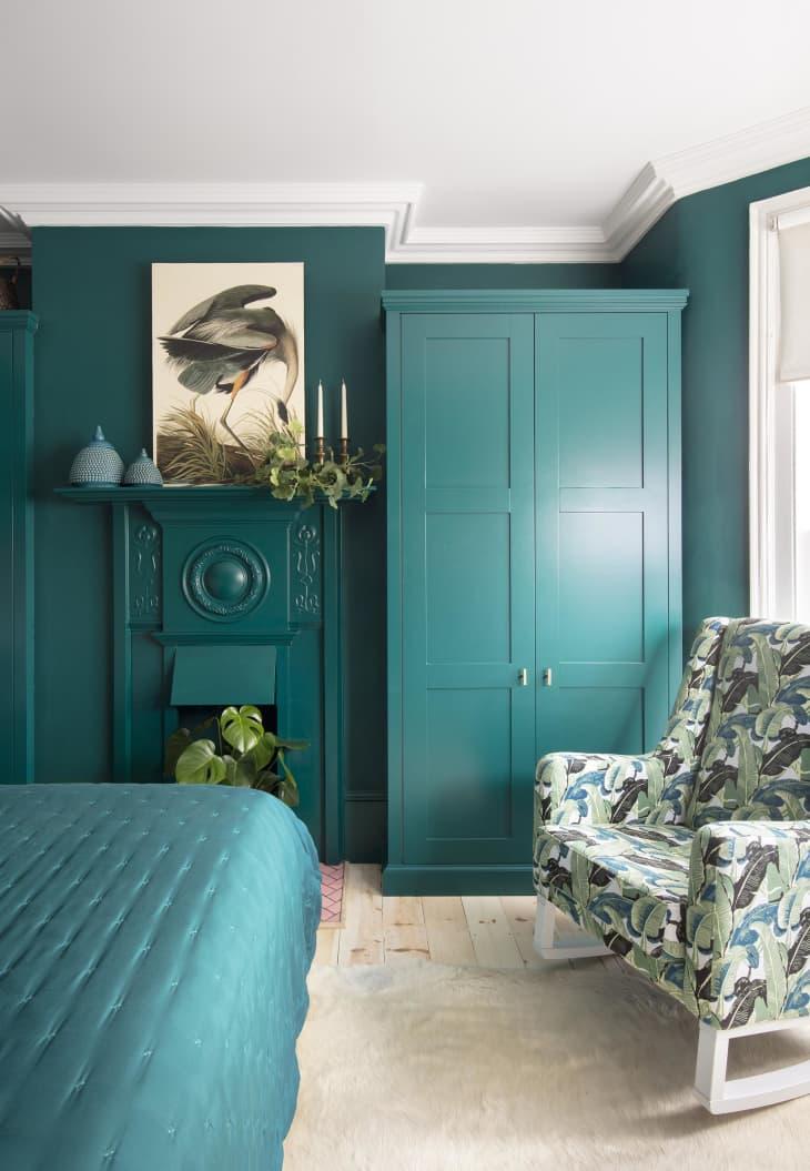 Pintura turquesa para el dormitorio.