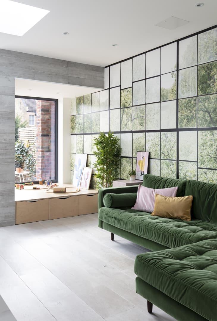 Sofá de terciopelo verde