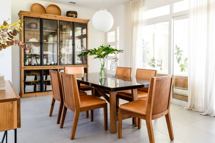 Federico Paul's photo of a wooden dining room