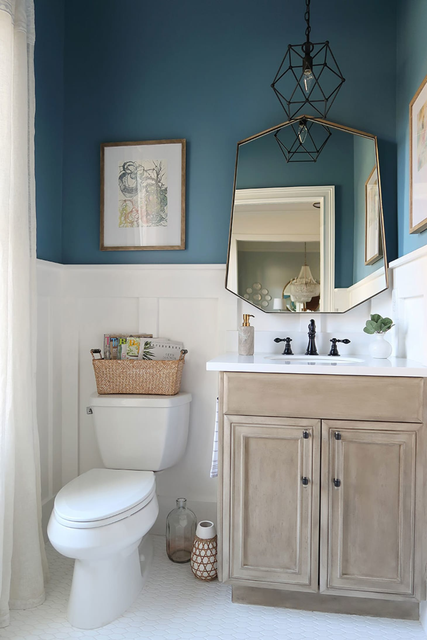 Best Paint Colors For Small Dark Bathrooms