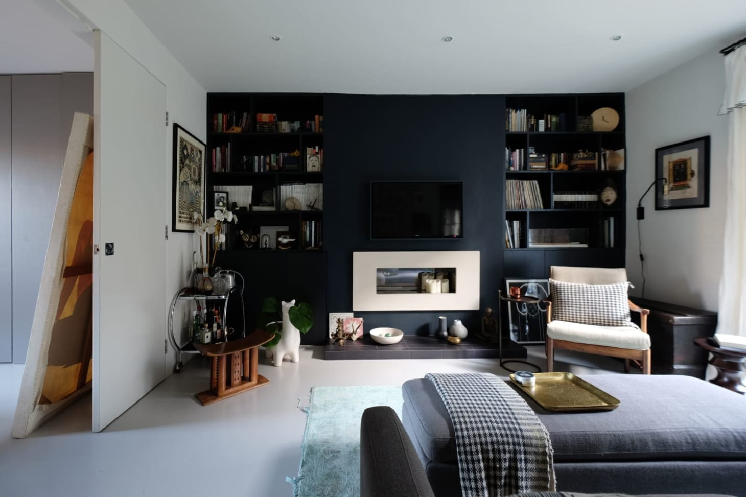 London Dark Wall Paint Colors Apartment Therapy