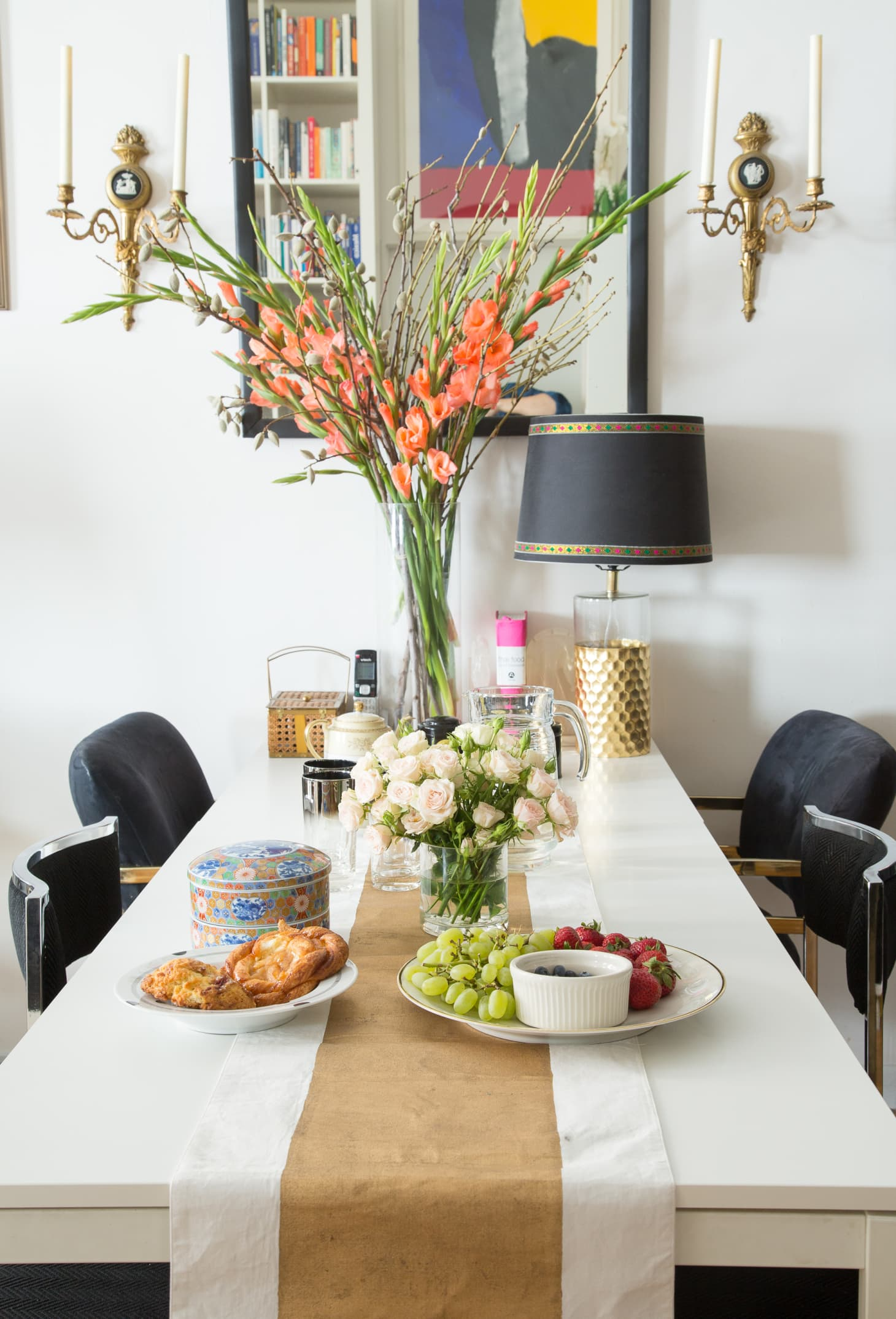 Advice For Hosting A Gathering In A Small Home Apartment Therapy