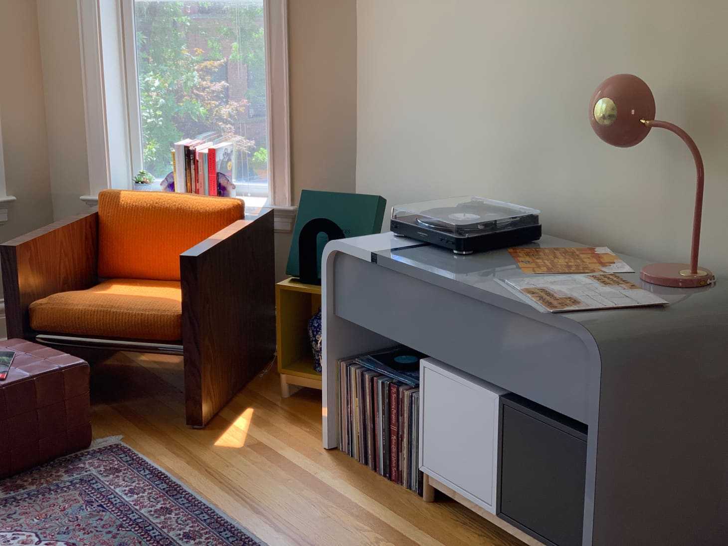 DIY Furniture in a Chicago Rental Apartment | Apartment Therapy