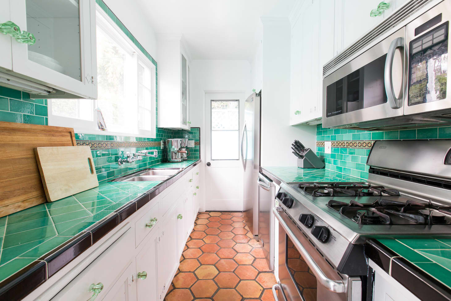 The Best Kitchen Countertop Materials, According to Home ...