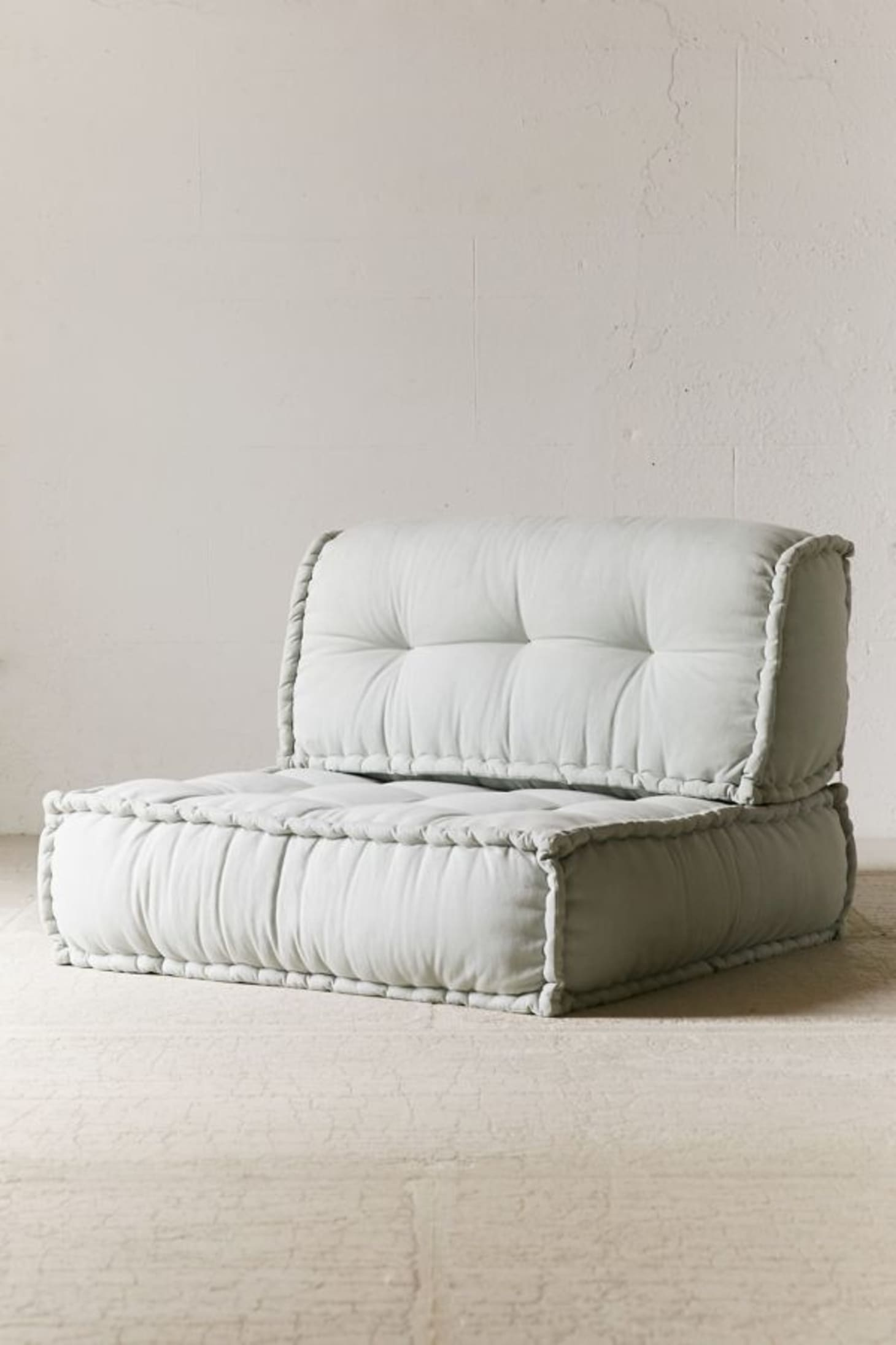 Floor Seating Ideas: Cushions, Poufs, and Pillows ...