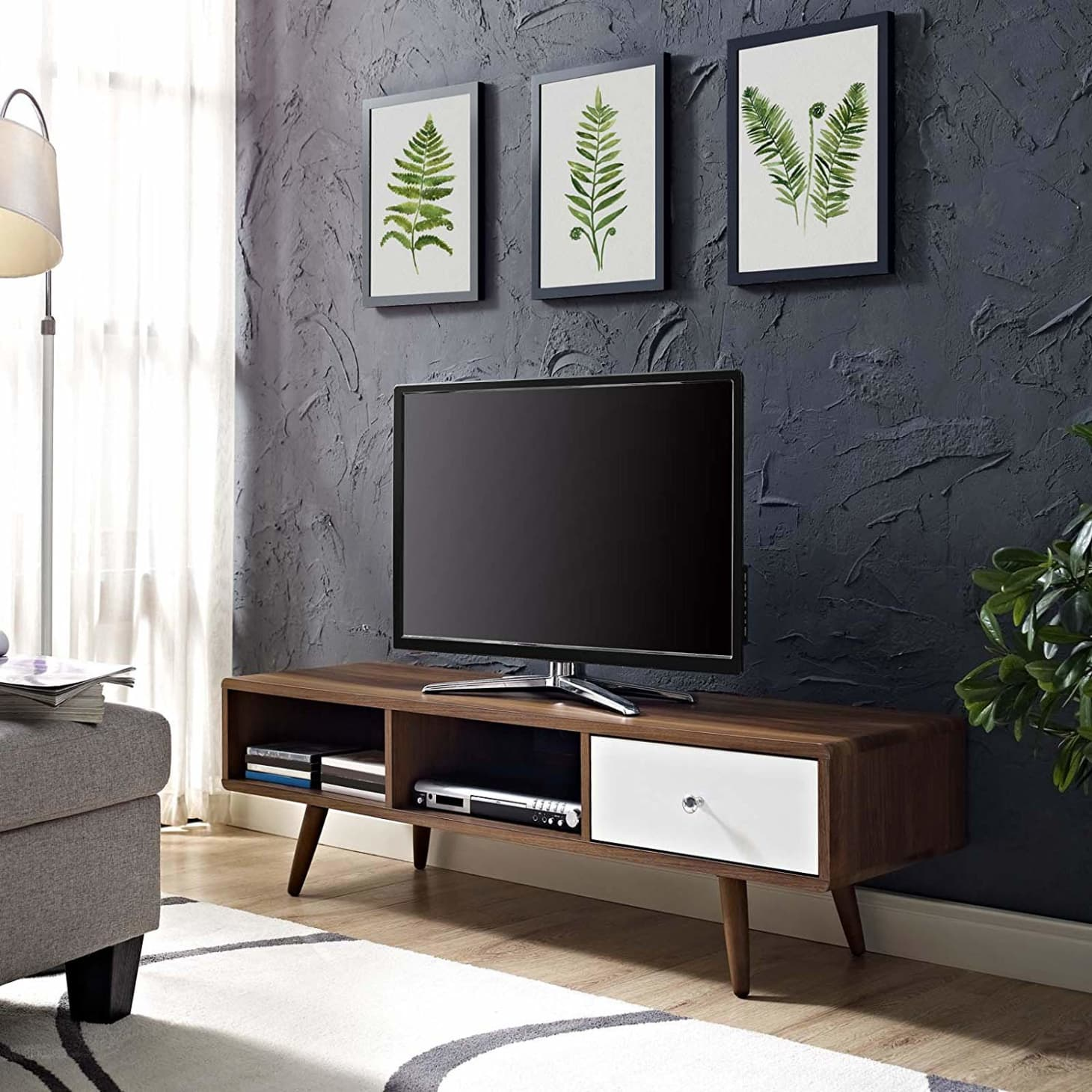 Furniture Deal Of The Day: Small Space Furniture Deals