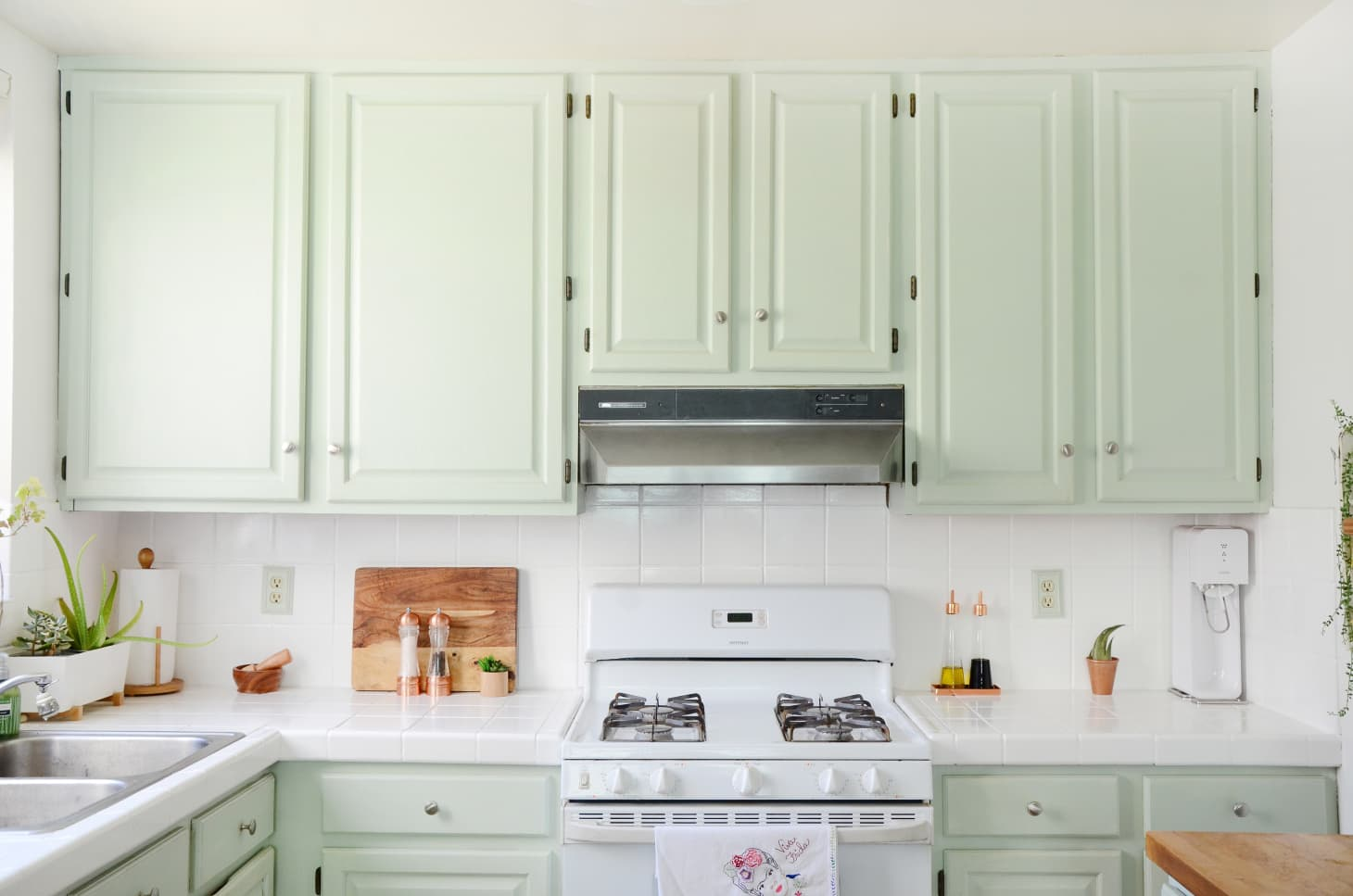 The Best Kitchen Cabinet Trends For 2020 According To