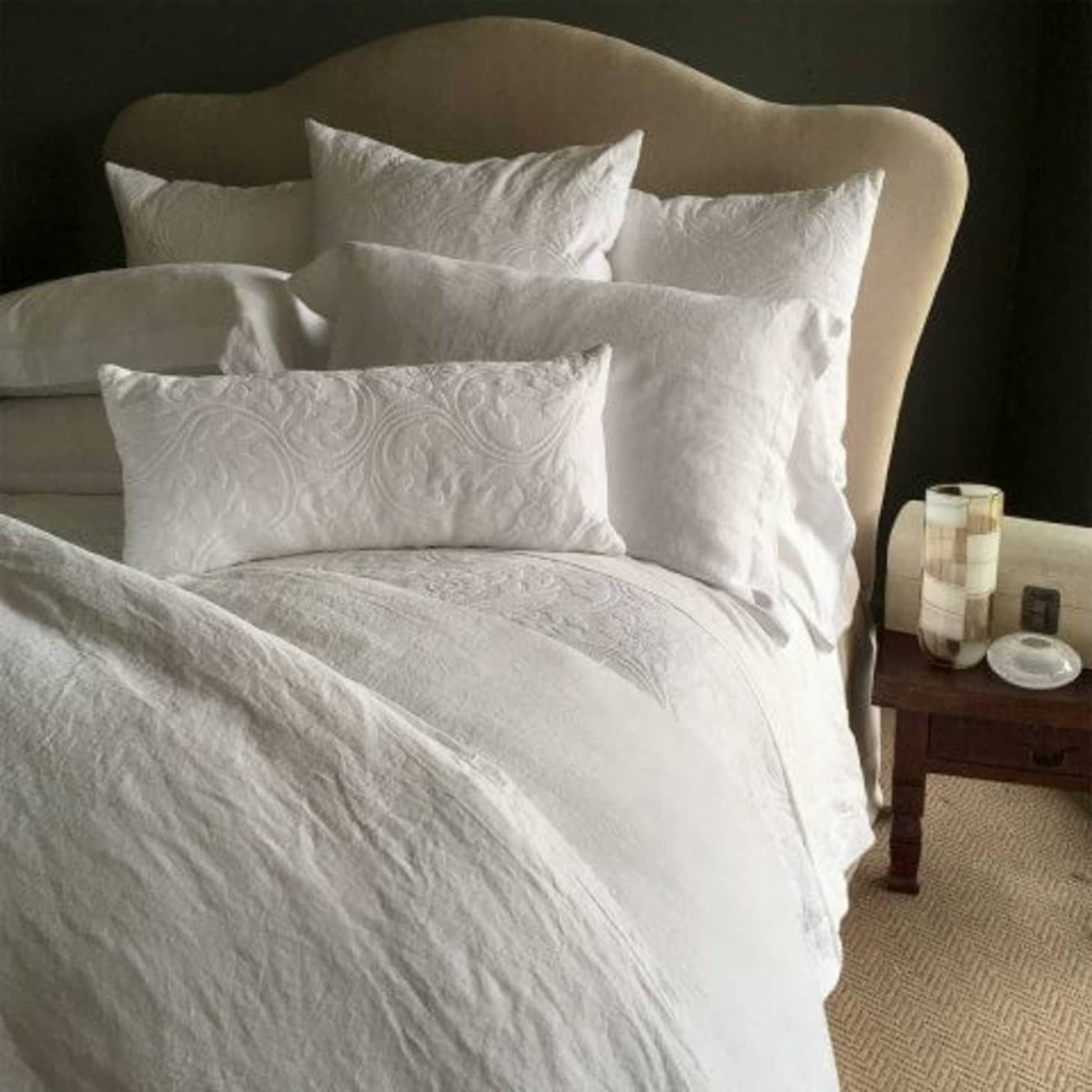 10 Sources for Luxury Bedding | Apartment Therapy