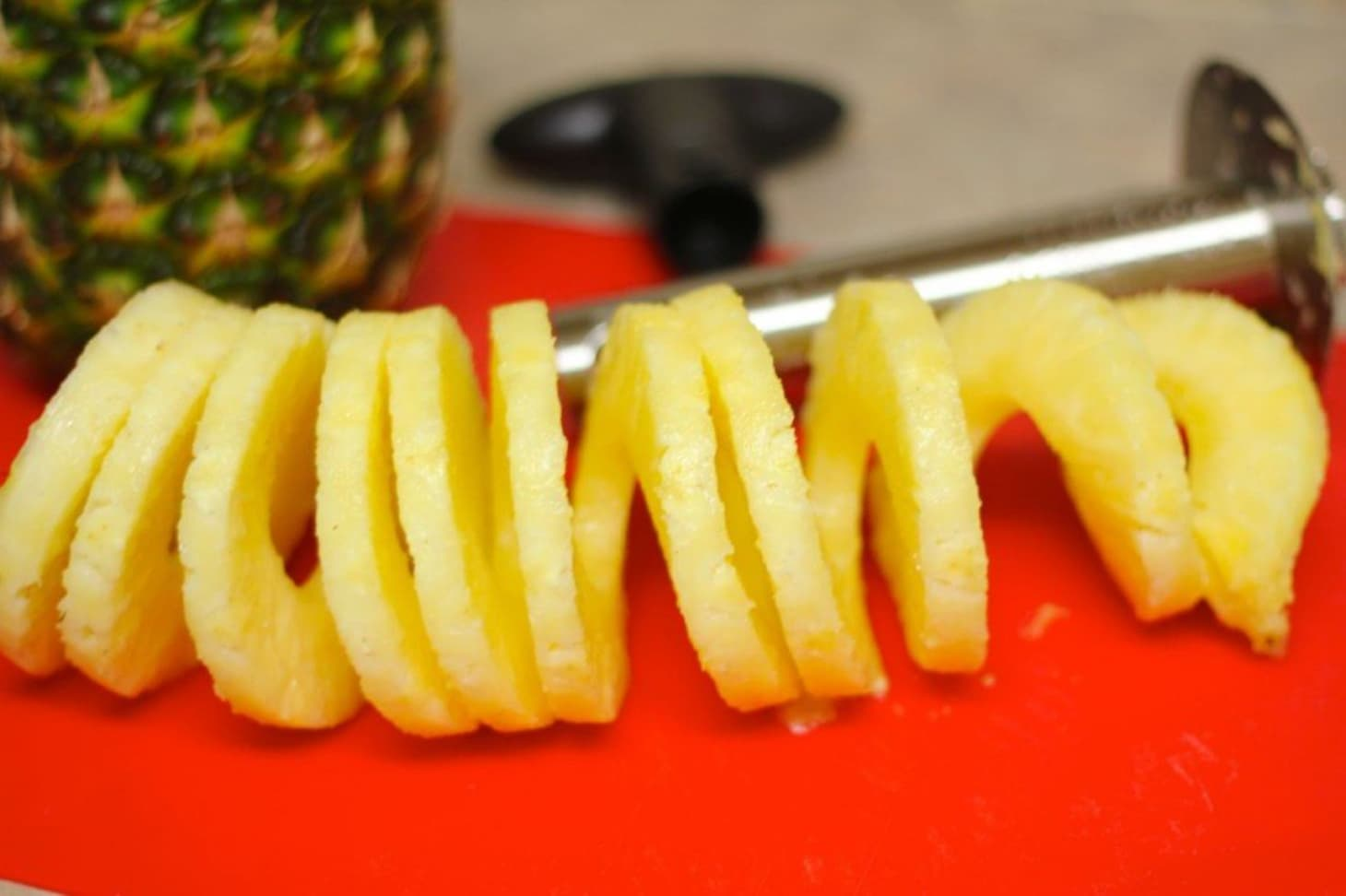 10 Gorgeous Ways to Carve & Serve a Pineapple | Kitchn
