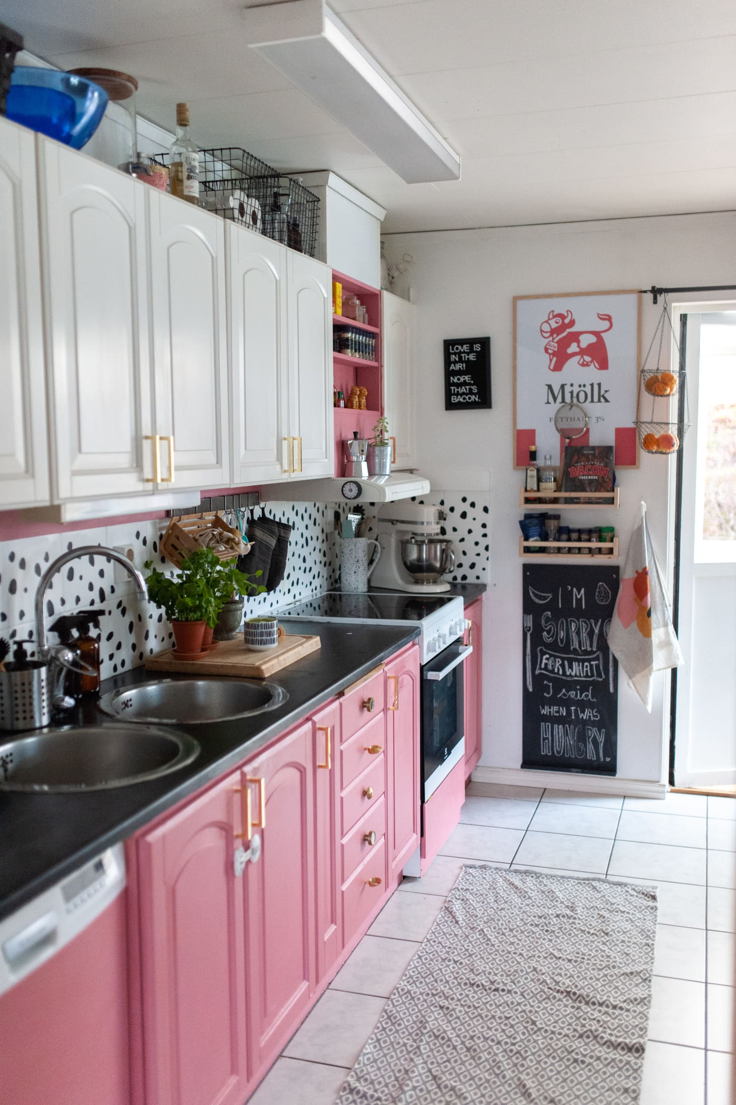 This Swedish Home Has The Most Glorious Pink Kitchen