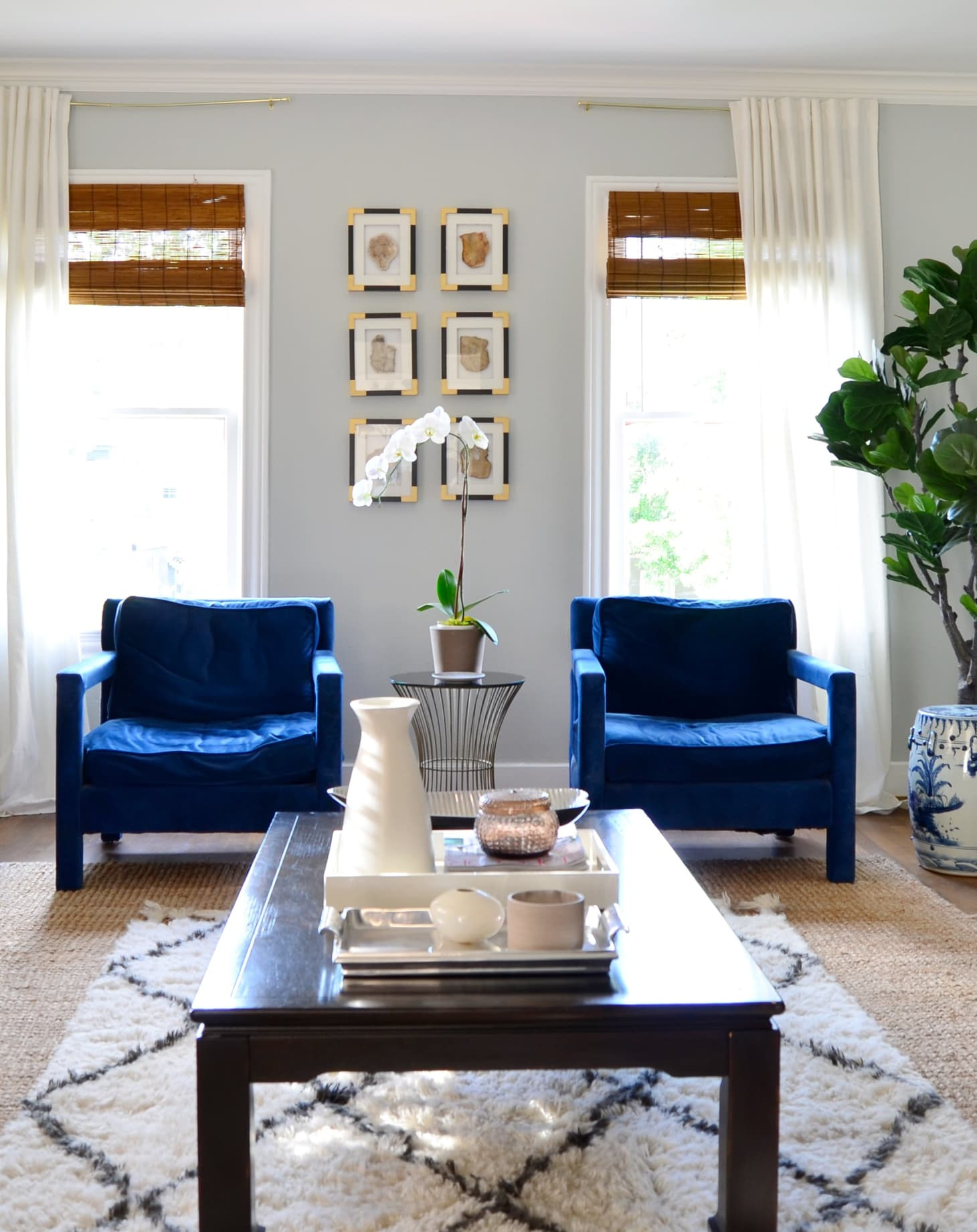 Neutral Living Room With Pop Of Color Navy