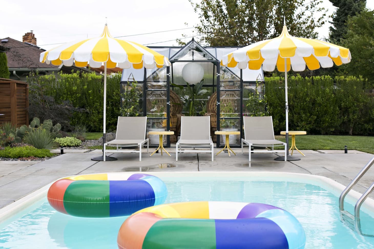 10 Small Backyard Pool Ideas How To Fit A Pool In A Small Yard