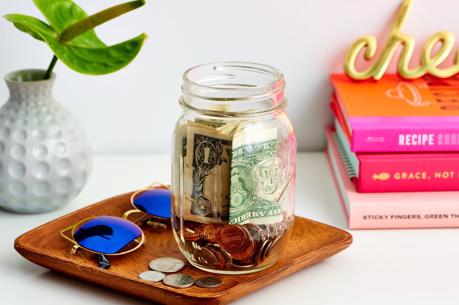 6 Tips to Help You Stop Shopping and Start Saving Money