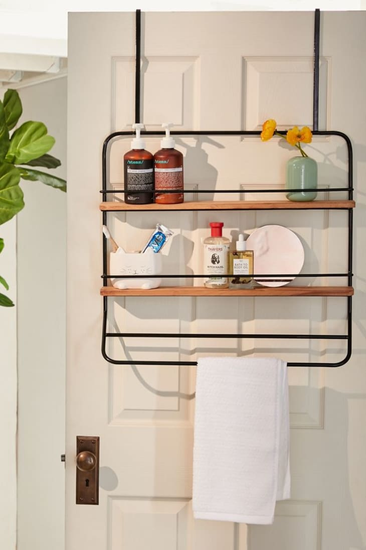 15 Towel Storage Ideas For A Small Bathroom Apartment Therapy
