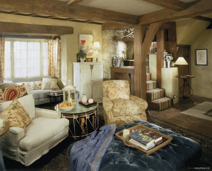 Look We Love How To Create Cozy English Cottage Style Apartment Therapy