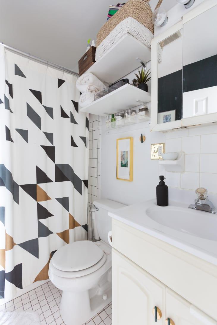 8 Small Bathroom Storage & Design Ideas - Storage Solutions for