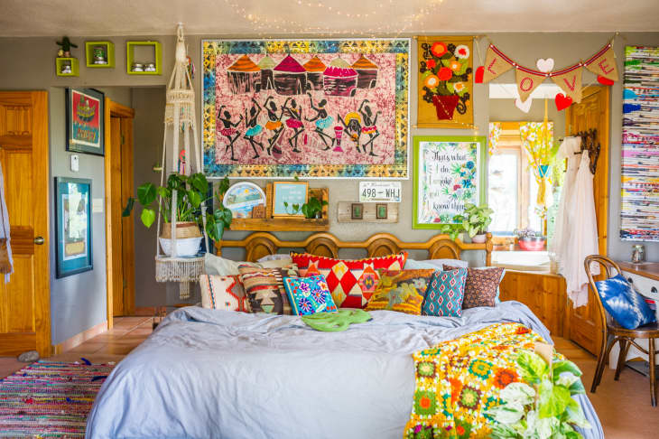 20 Beautiful Bohemian Bedrooms How To Decorate A Bedroom Boho Style Apartment Therapy
