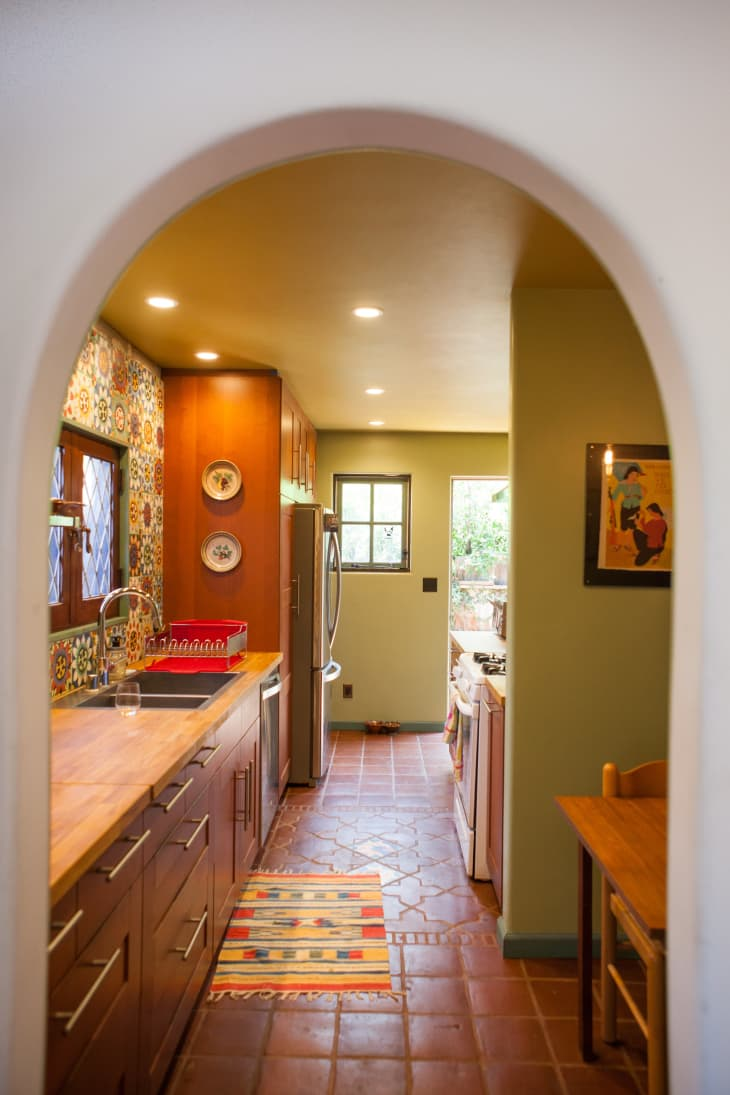House Tour: Vasanti's Creative and Cozy Silverlake Home ...