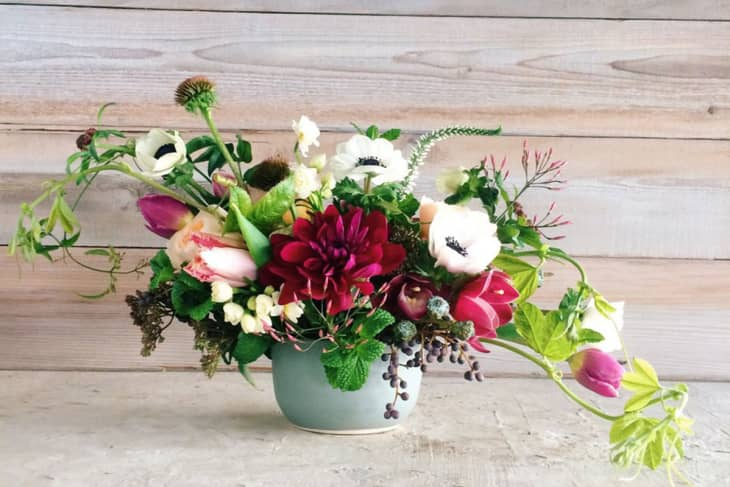 Best Flower Delivery Services For Mother S Day 2021 Valentine S Day Apartment Therapy