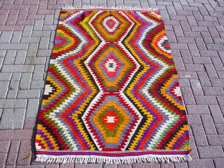 One-of-a-Kind Kilim Rugs for Every Budget | Apartment Therapy