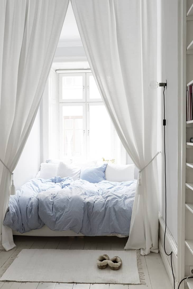 Cozy Bedrooms You Ll Never Want To Leave Apartment Therapy