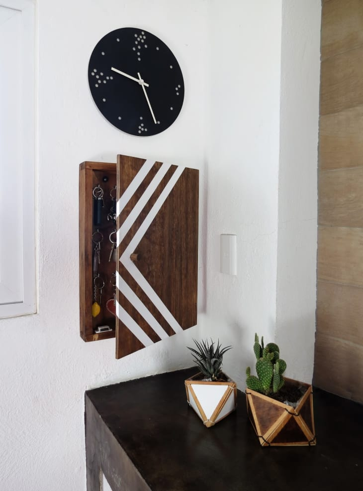 Diy Key Holders Entryway Wall Mount Ideas Apartment Therapy