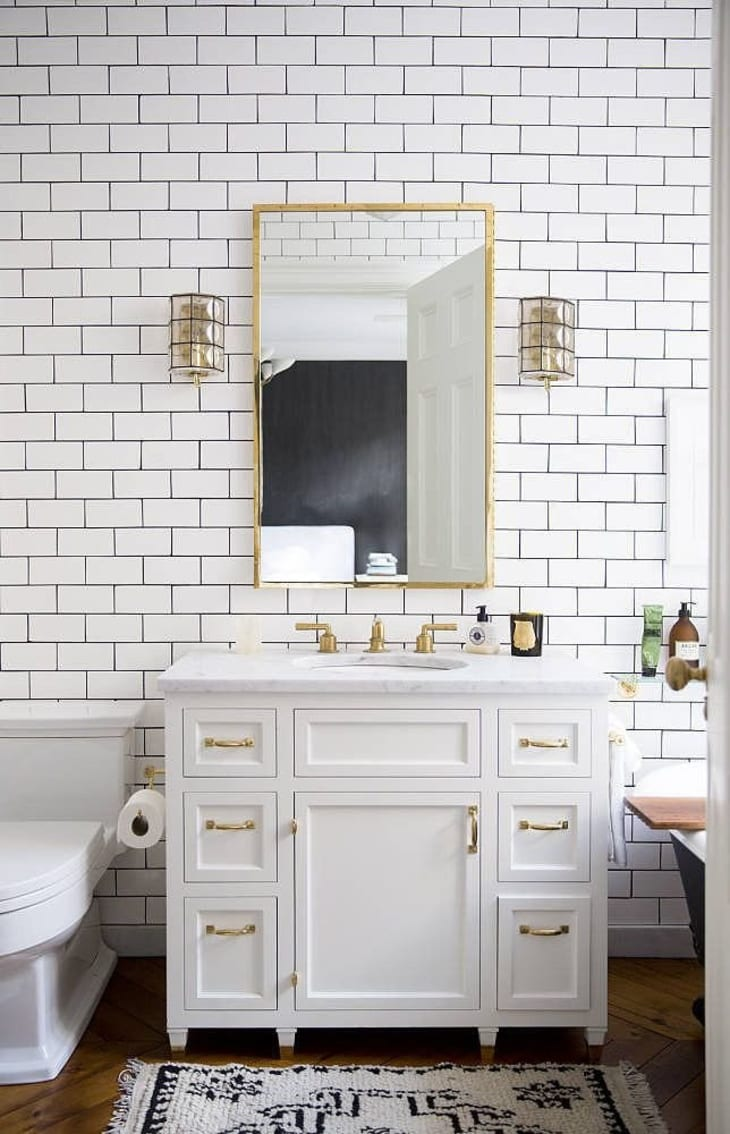 Look We Love Gold Fixtures In The Bathroom Apartment Therapy