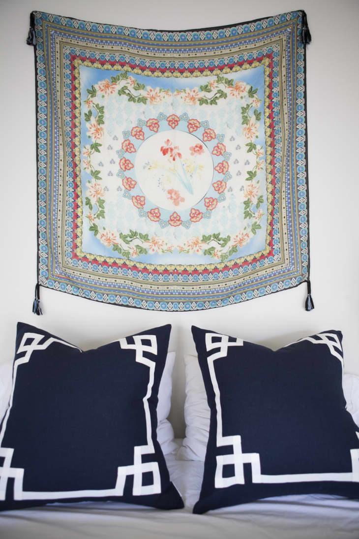 House Tour A Cozy And Charming Portland Apartment