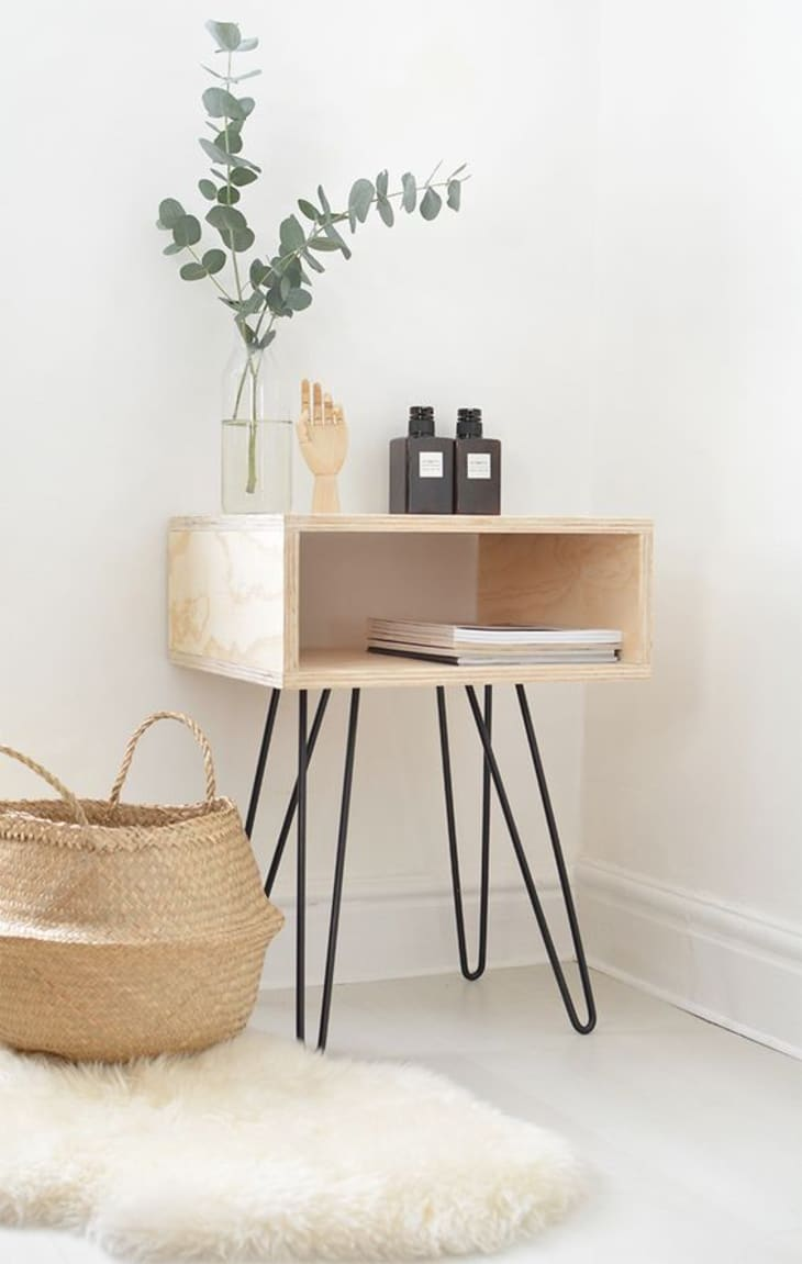 Make It Yourself 9 Smart Stylish Diy Nightstands For Small Spaces Apartment Therapy