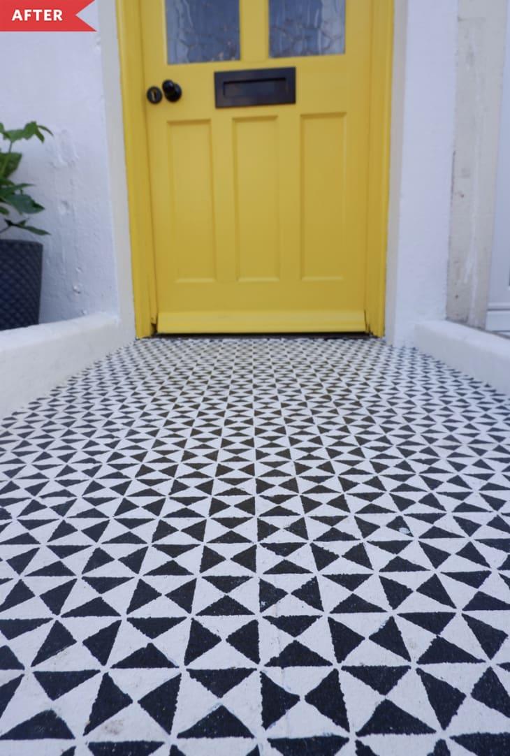 后:黑白几何图案的混凝土地板特写