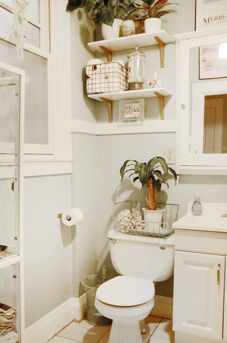The Best Bathroom Paint Colors For Selling A House Apartment Therapy