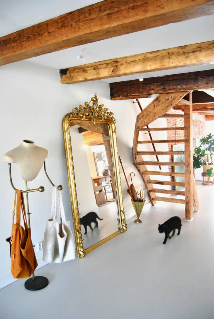 How to Fill Empty Corners in Rooms - 10 Corner-Decor Ideas