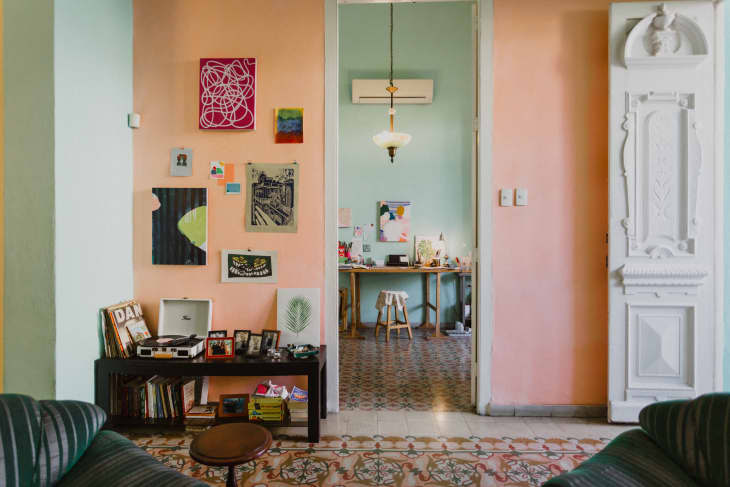 The Best Colors To Pair With Mint Green Colors That Go With Mint Green Apartment Therapy