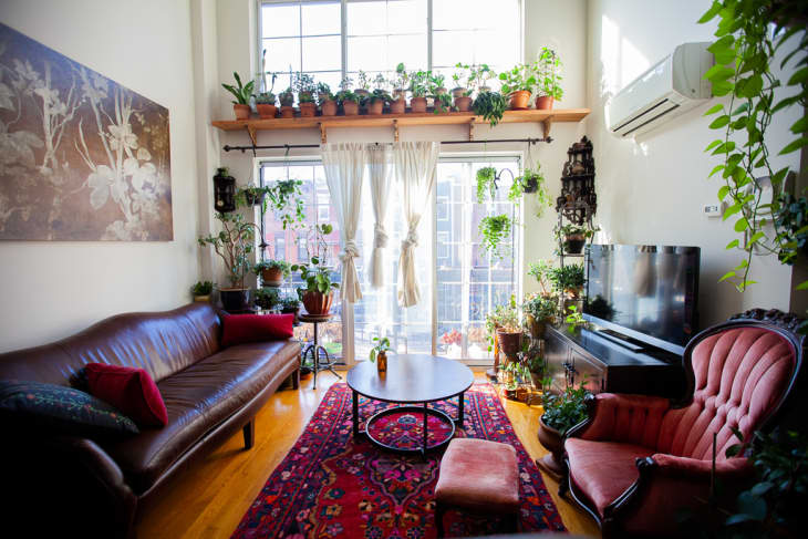 The Best Way To Place A Shelf In Front Of A Window Apartment Therapy