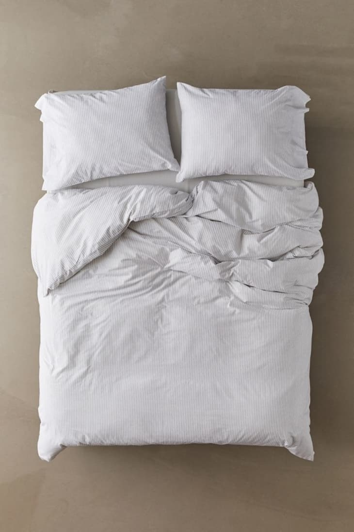 Cheap Duvet Covers Where To Buy Affordable Duvets Apartment Therapy