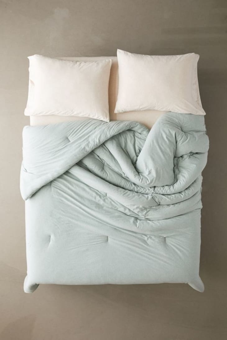Picture of: Urban Outfitters Bedding Sale Home Deals August 2019 Apartment Therapy